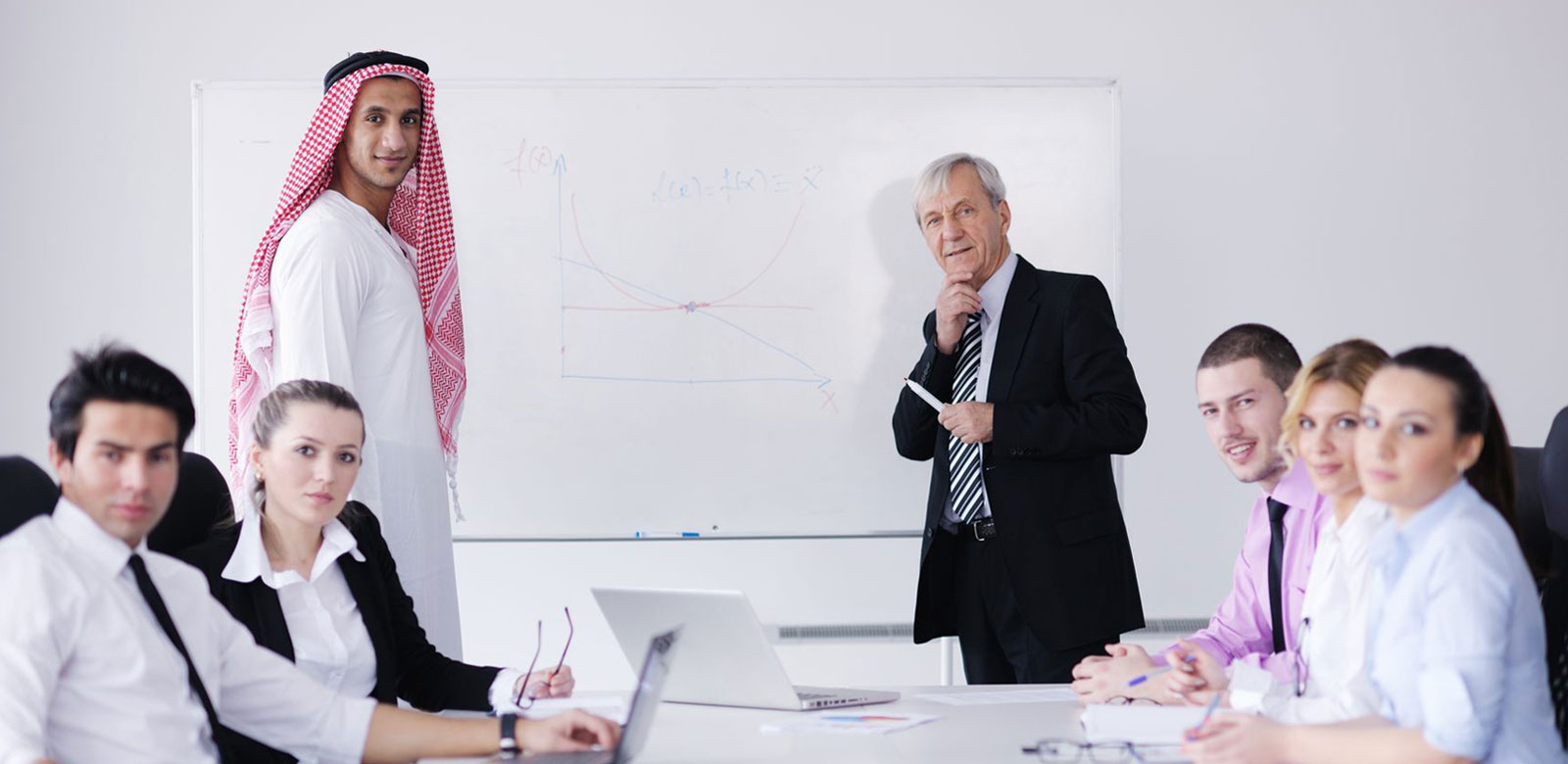 Things that you must know about setting up a business in UAE